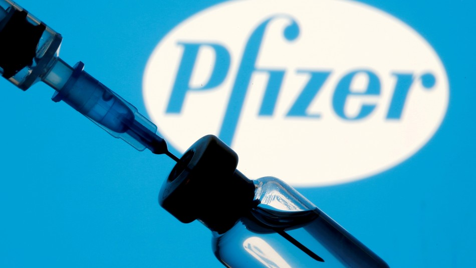 Vacuna de Pfizer funciona frente a variante india pero su eficacia es