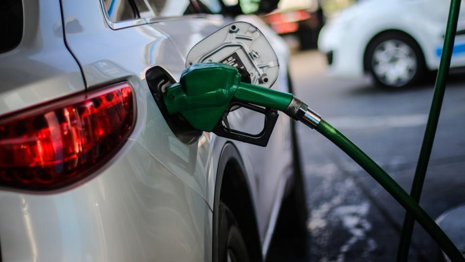 Precio de la bencina ha subido 26 semanas consecutivas: Conoce donde encontrar el mejor valor