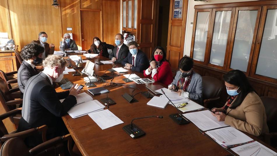 IFE Universal: Comisión posterga votación a pedido del Gobierno para analizar nuevas propuestas