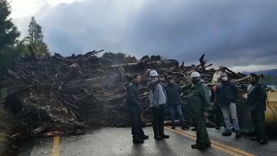 Ruta cortada entre 5 a 7 días: Lluvias provocan deslizamientos de tierra en Los Ríos