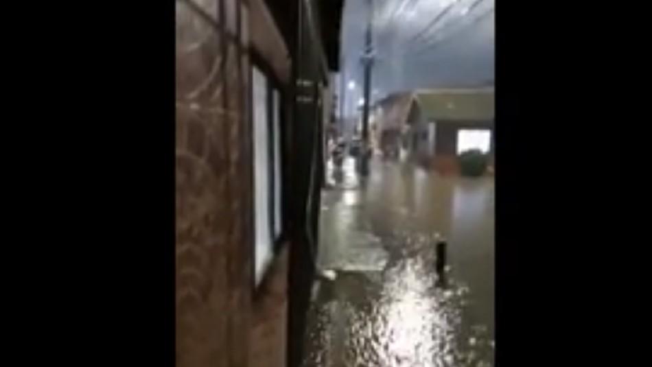 Múltiples inundaciones en Lota debido a sistema frontal