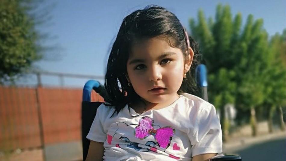 #Unmilagroparaflo: campaña busca reunir $500 millones para niña con enfermedad degenerativa