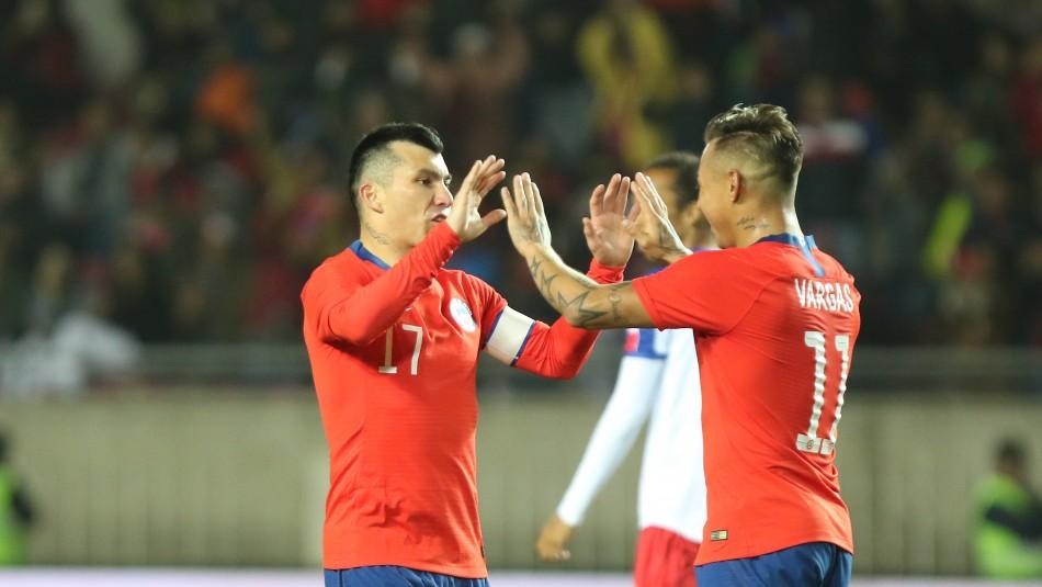 Formación confirmada de Chile ante Argentina.
