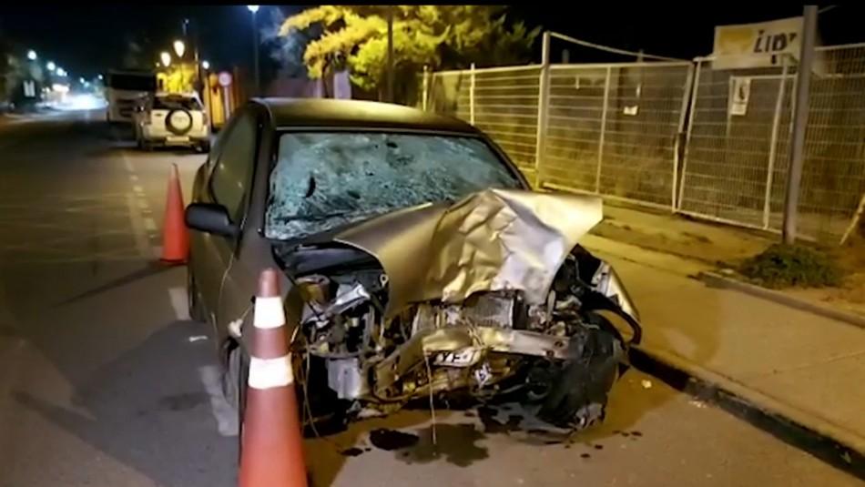Madre e hija fallecen en accidente tras esquivar neumático que estaba en la vía