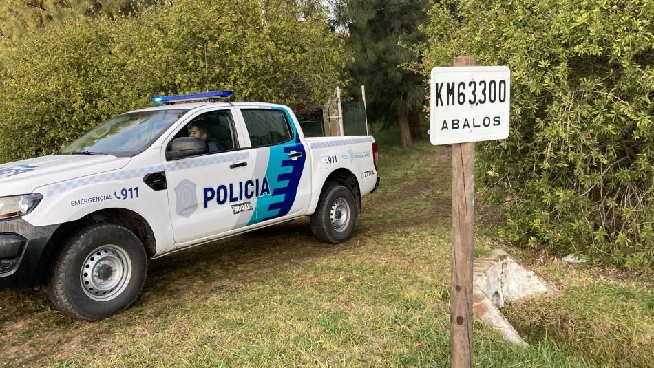 Con hacha y una pesa: hombre mata a ladrones que entraron a fundo y amarraron a su familia
