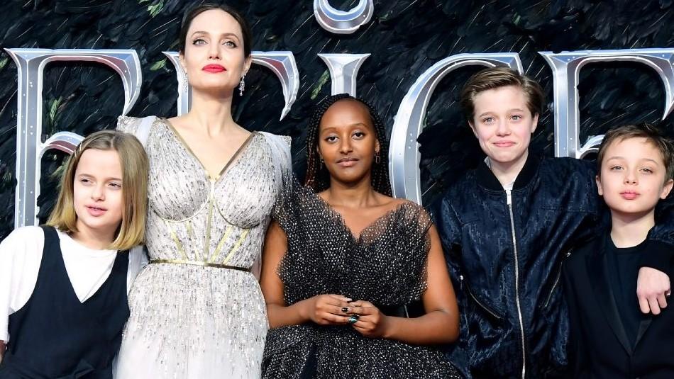 Shiloh reaparece con jeans ajustados junto a Angelina Jolie y sus hermanos en una cena