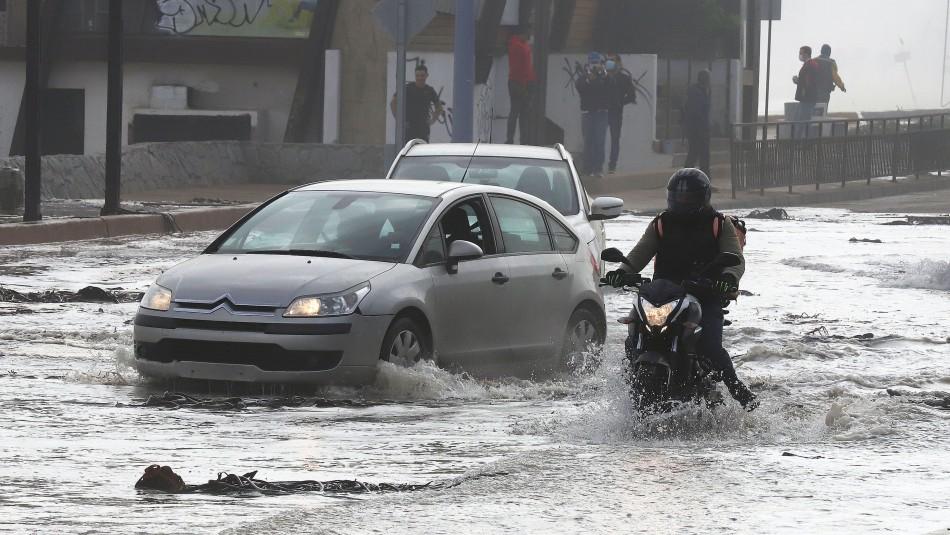 [VIDEOS] Fuertes marejadas afectan a Viña del Mar: Municipio llama a tener precaución
