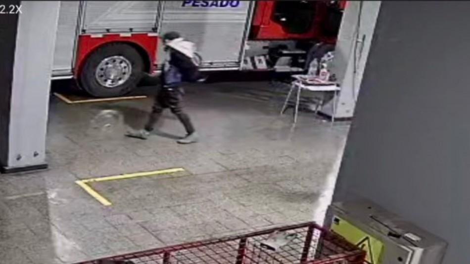 ¡Insólito! Delincuente aprovecha emergencia para robar cuartel de Bomberos en Rancagua