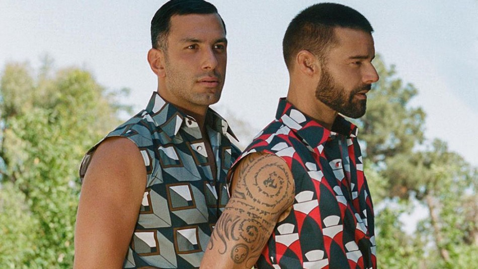 Ricky Martin y su esposo derrochan sensualidad en la portada de una revista italiana
