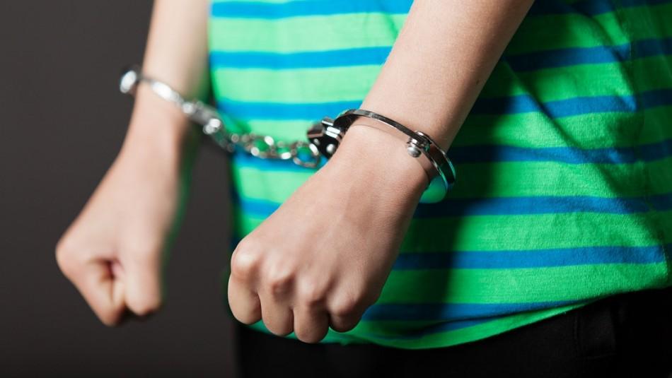 Niño de 13 años confesó haber asesinado a su hermano en Estados Unidos: También quemó el cuerpo