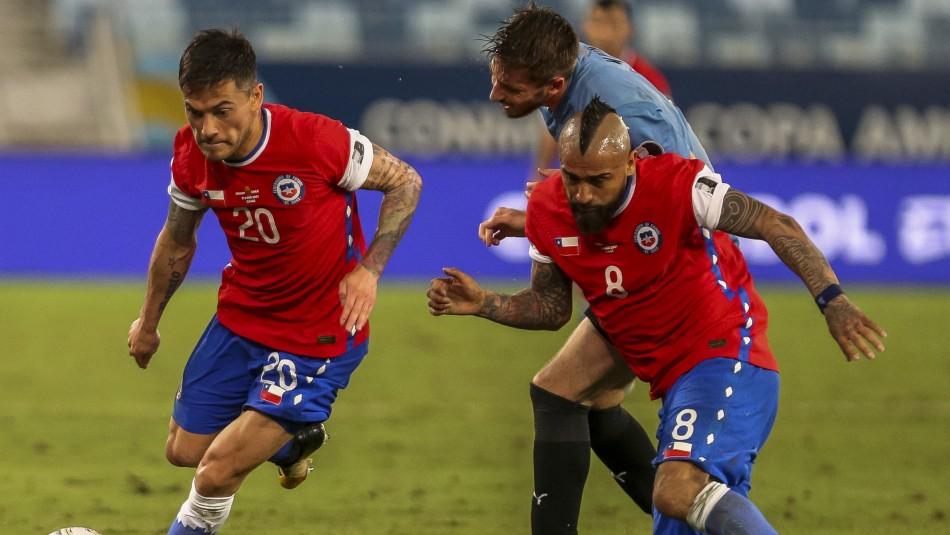 Chile empata con Uruguay y termina jugando con 10 al perder chances de cambio