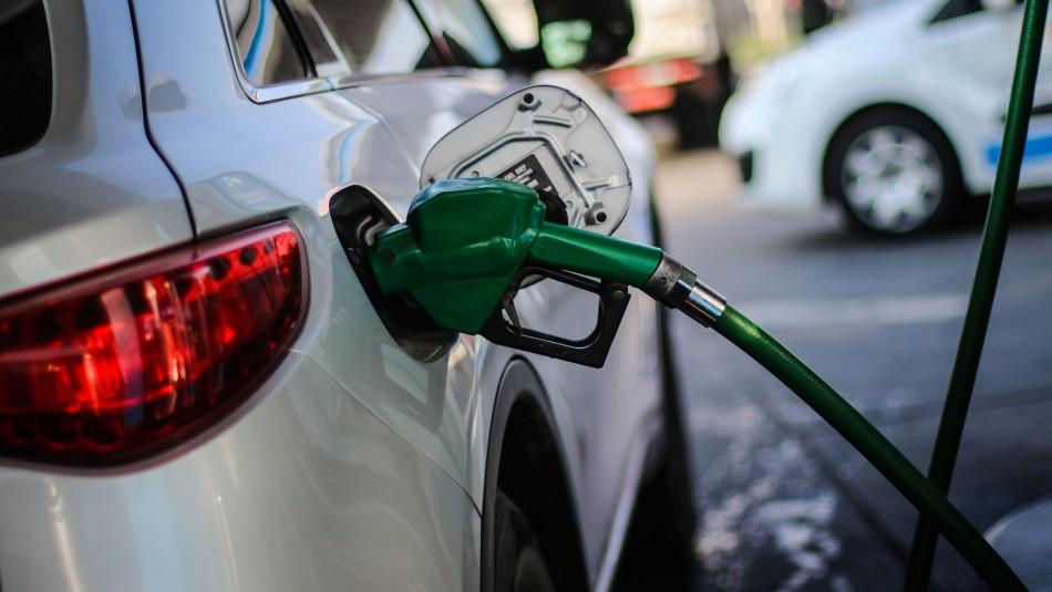 Nueva alza en el precio de las bencinas.