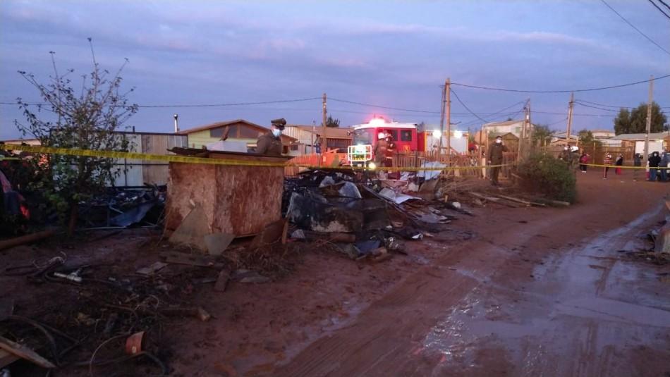 Mujer muere en incendio que afectó a casa del campamento Felipe Camiroaga de Viña del Mar