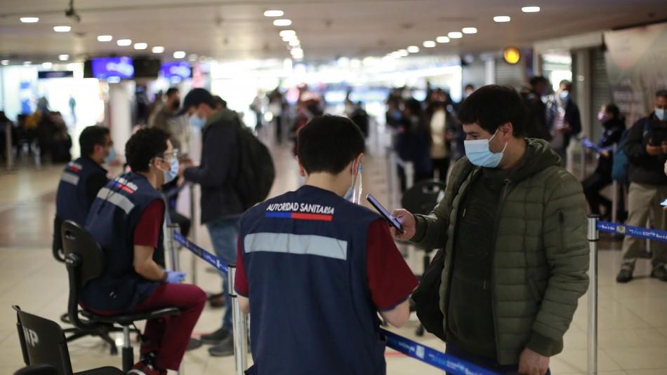 Gobierno extiende hasta el 14 de julio el cierre total de fronteras en Chile.