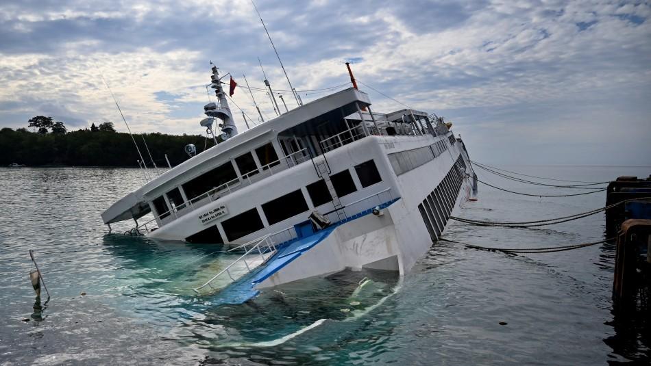 Al menos siete muertos y 11 desaparecidos en naufragio de ferry en Bali