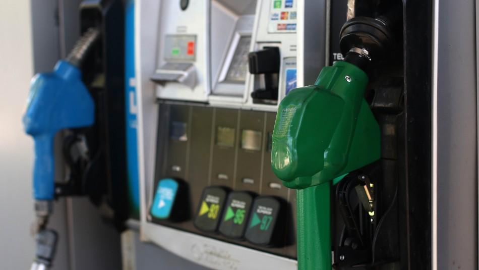 Este jueves volverá a subir el precio de las bencinas: Van 31 semanas consecutivas al alza