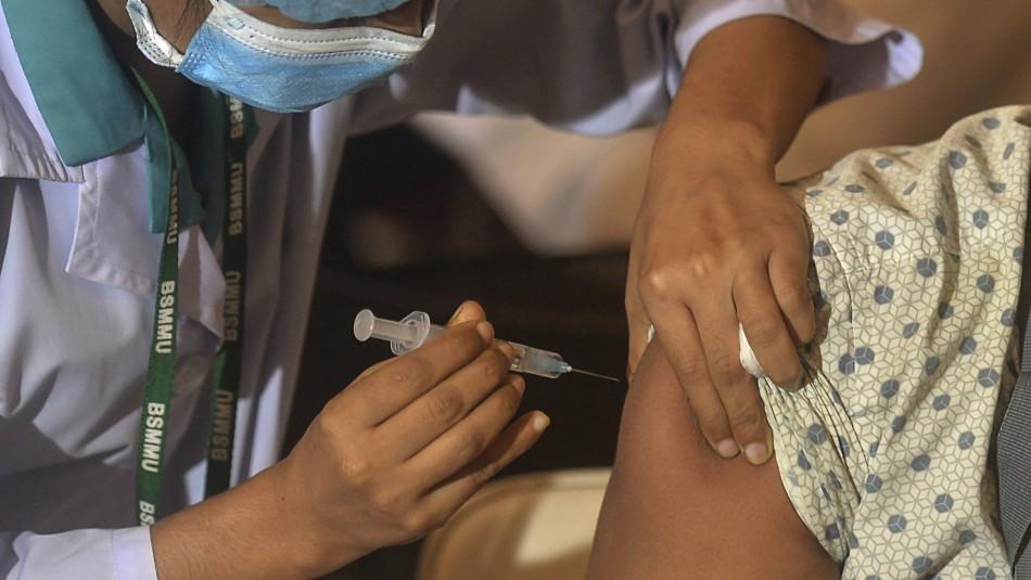 Dos dosis de la vacuna parecen proteger contra la variante Delta según la EMA