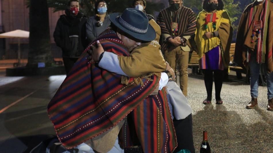 Pueblos originarios hacen íntimas ceremonias previas a la Convención Constitucional