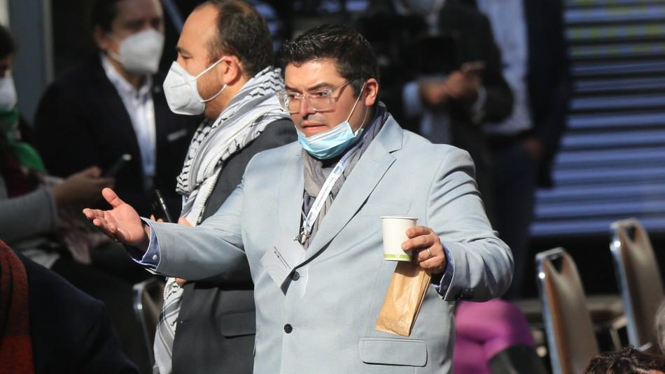 Rodrigo Logan constituyente