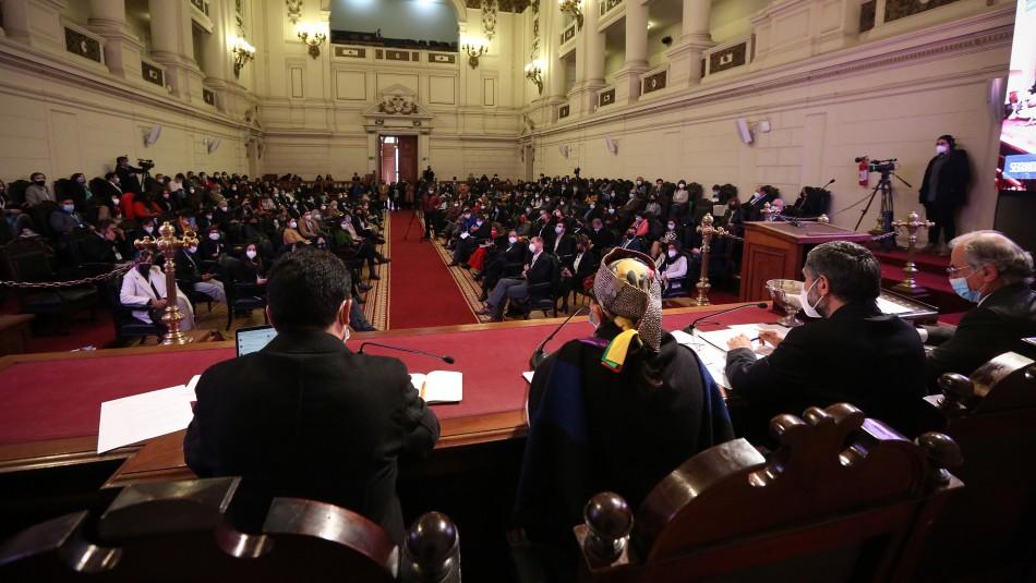 Convención Constitucional amplió la mesa directiva a siete integrantes más dos cupos reservados