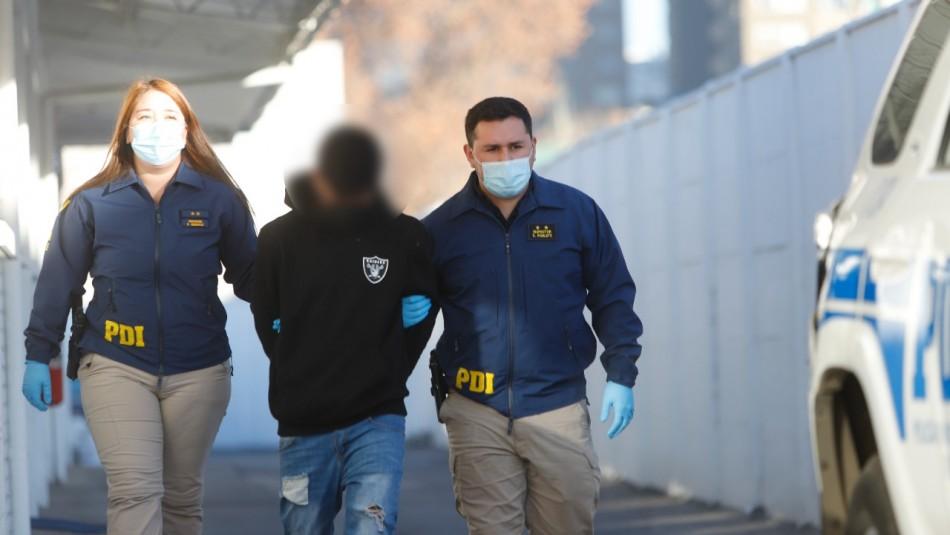 Detienen a menor de 16 años como sospechoso de asesinar a joven que iba a reunirse con su pareja