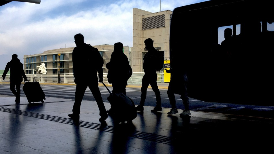 10 nuevos casos de variante Delta: ¿Desde qué países provenían los viajeros contagiados?