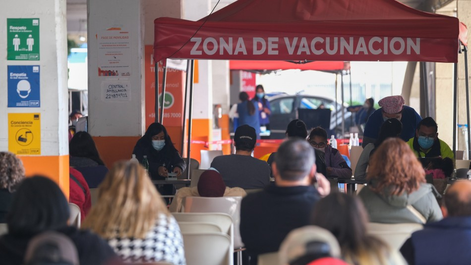 Balance Minsal por Covid: Casi 2.700 contagiados y 131 fallecidos en las últimas 24 horas
