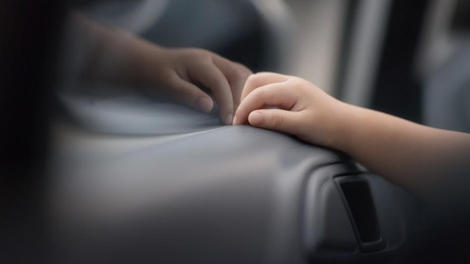 Niño de 4 años falleció tras dispararse con la pistola de su padre al interior de un auto