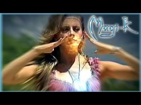 Cata Palacios en Magi-k