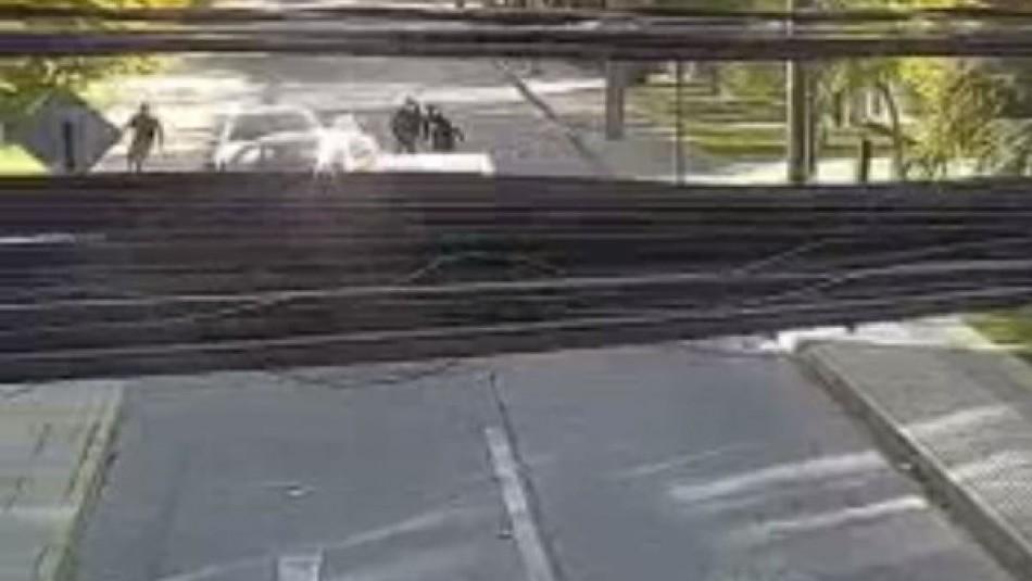 Adulto mayor es baleado tras intento de robo en Vitacura: video registra encerrona