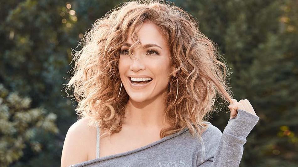 Jennifer Lopez muestra su cuerpo al natural y con celulitis: Así es sin edición