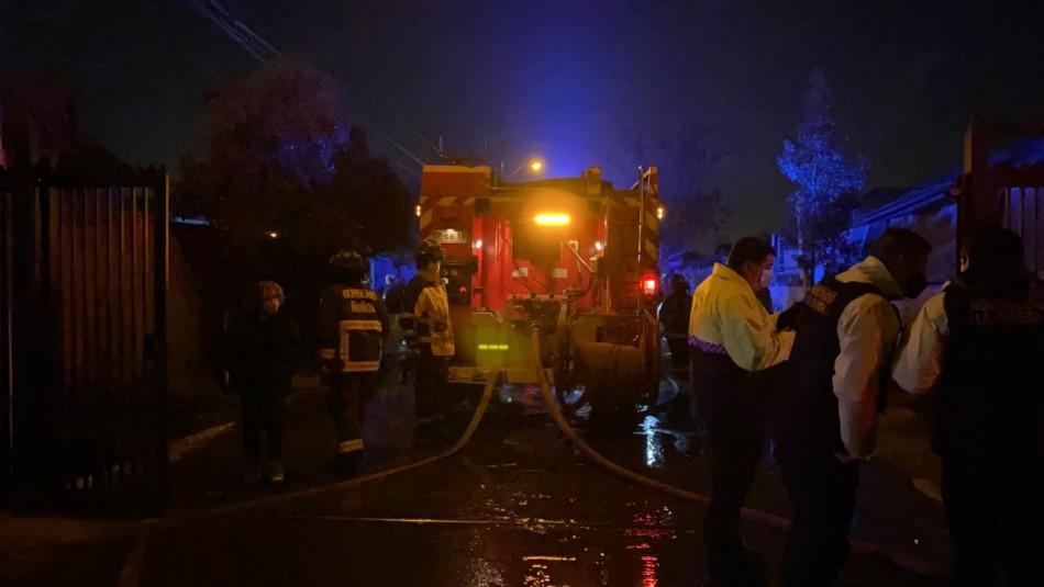 Adulto mayor fallece en incendio de casa en la comuna de La Florida