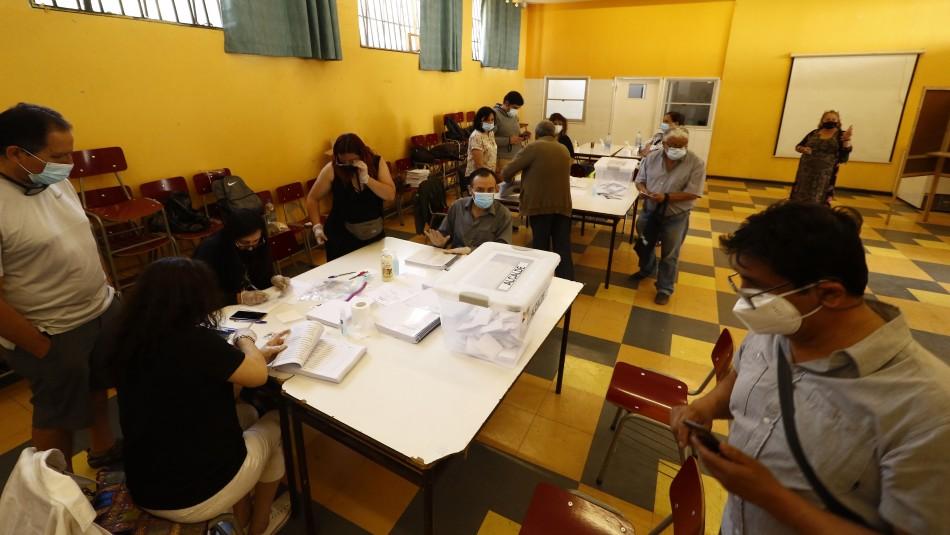 Primarias: Se informa de personas que llegaron a su mesa de votación y no pudieron sufragar