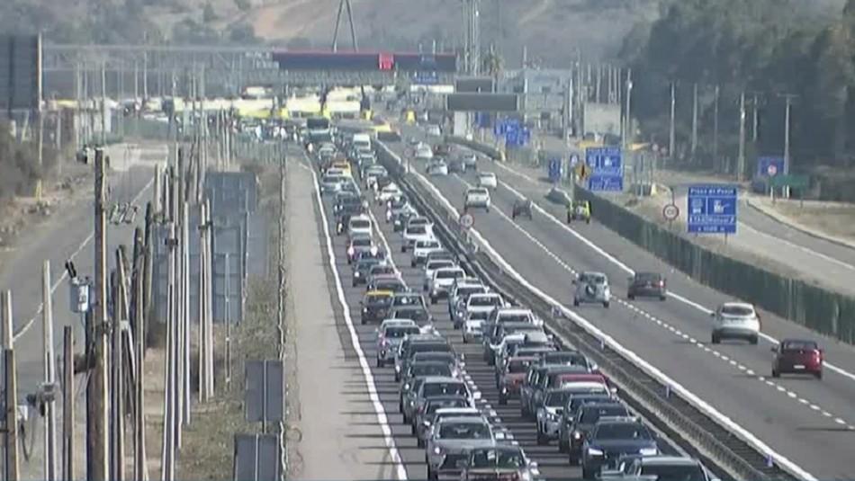 Balance carreteras: Más de 285 mil vehículos abandonaron la capital y hubo tacos en el retorno