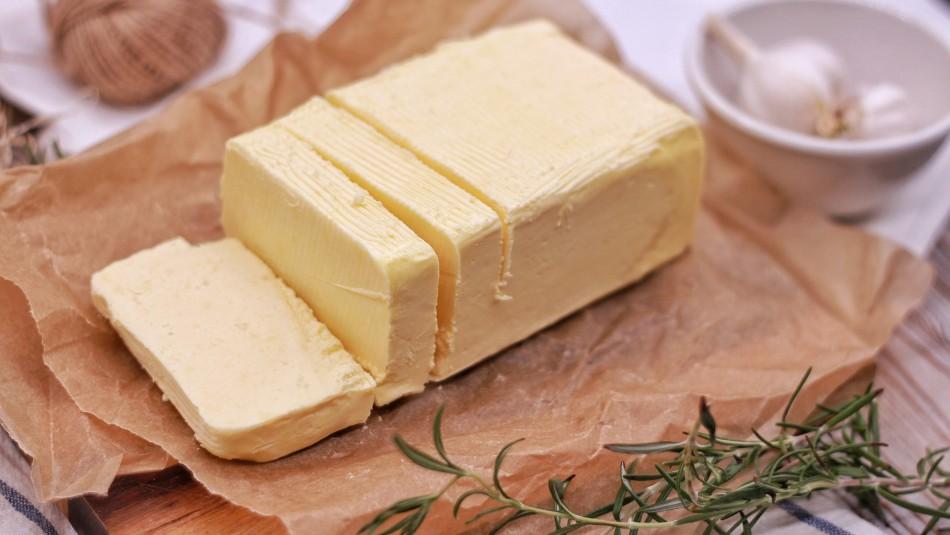 ¿Se echa a perder? Qué tan seguro es dejar la mantequilla fuera del refrigerador