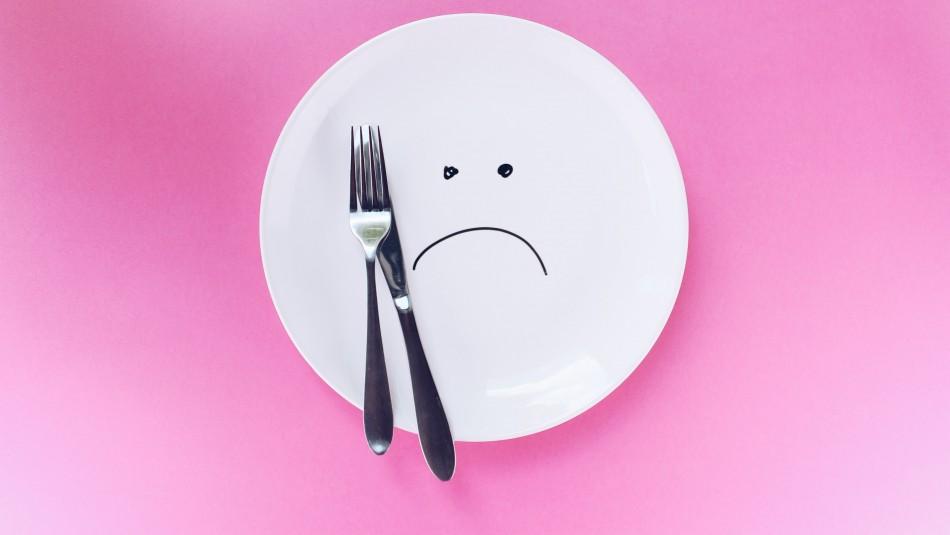 ¿Sientes ganas de comer? Conoce si son señales de hambre o ansiedad