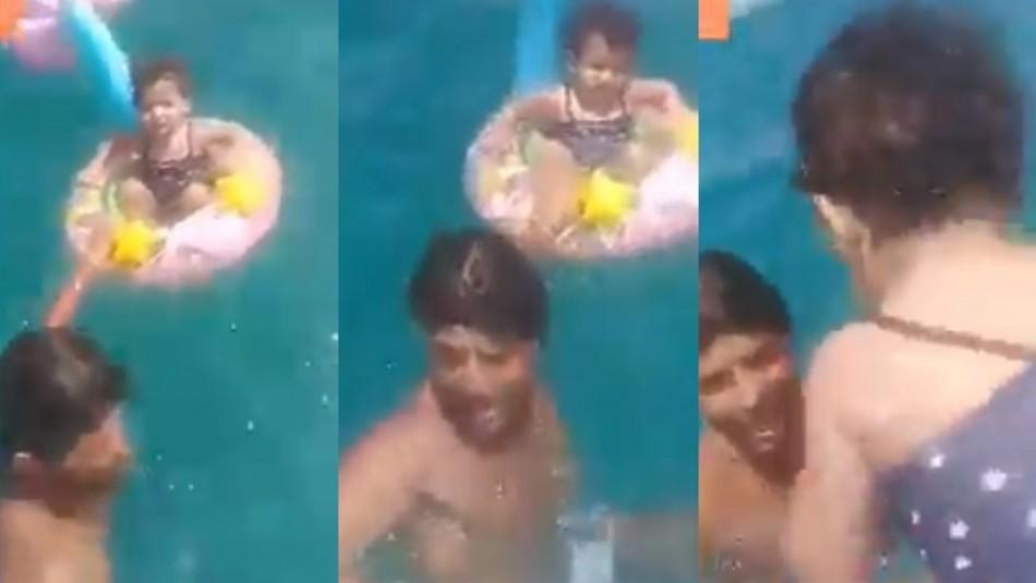 Rescatan a niña de un año arrastrada más de 1 kilómetro mar adentro tras descuido de sus padres