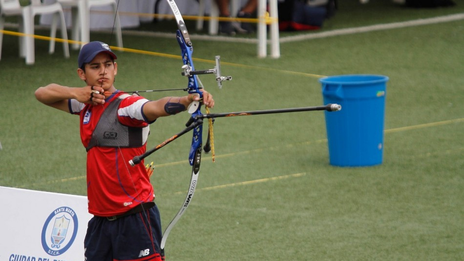 Team Chile: Andrés Aguilar hace su debut en Tokio en Tiro con Arco