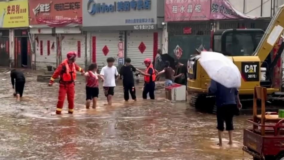 Al menos 33 muertos y 8 desparecidos en China debido a lluvias torrenciales e inundaciones