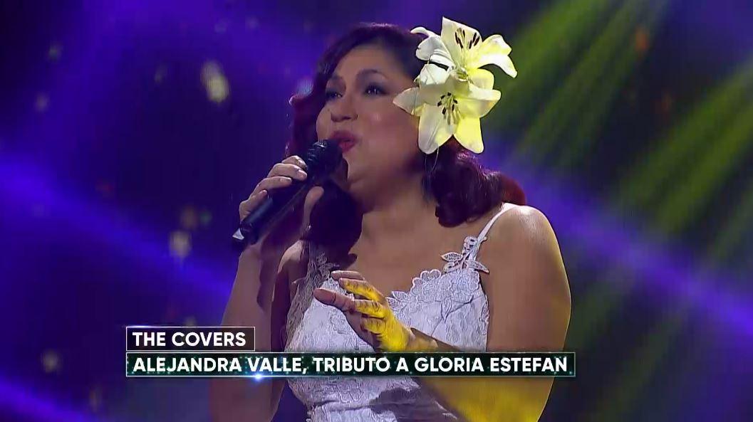 Alejandra Valle como Gloria Estefan