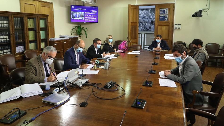 Cuarto retiro AFP: Comisión propone fusionar seis proyectos de 10% y 100% y tramitar uno por separado