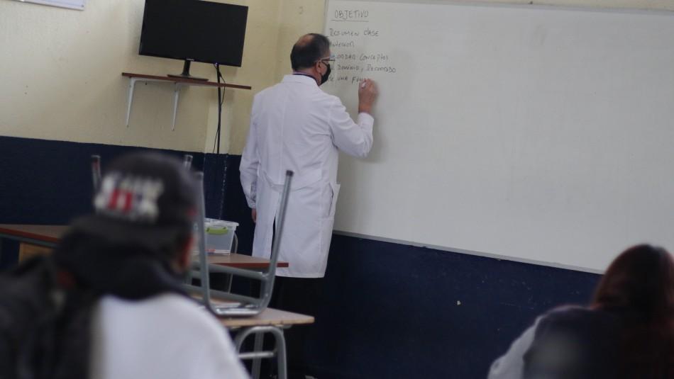 Por contagio de coronavirus: Suspenden clases presenciales en colegio de Providencia