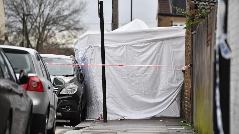 Confirman a niña de tres años entre los muertos por el tiroteo del jueves en Inglaterra