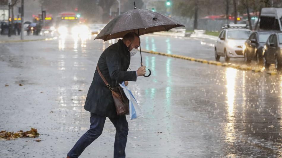 Lluvia en Santiago: Conoce cuánto podría precipitar desde este miércoles en la capital