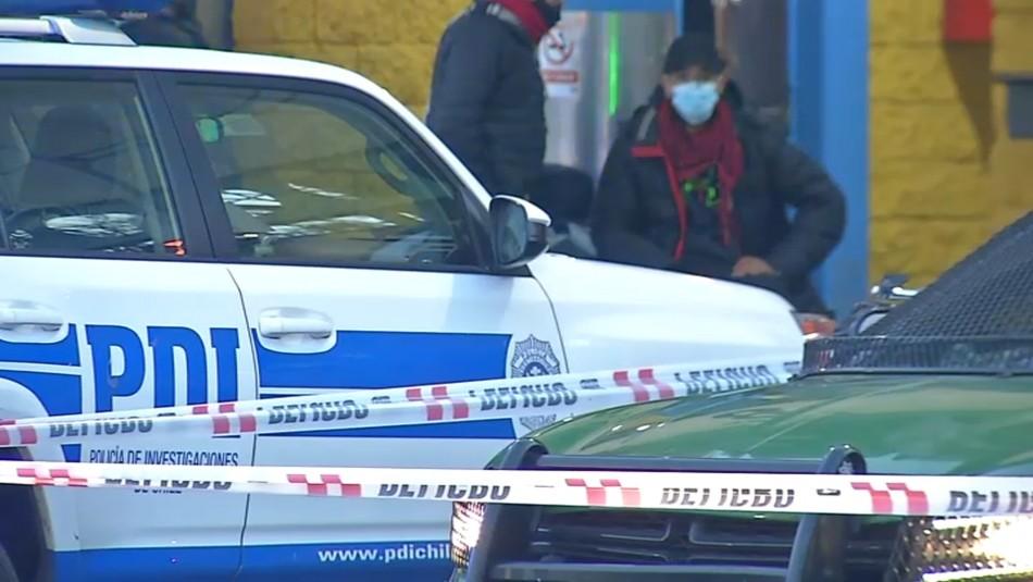 Guardia es apuñalado y pierde un ojo en ataque por exigir uso de mascarilla a sujetos en terminal de buses