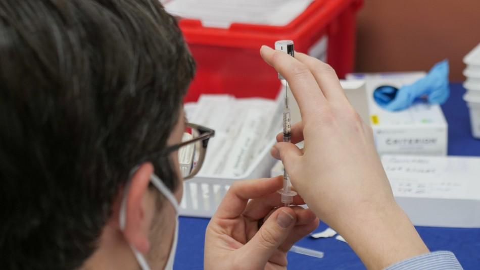 Protección ante coronavirus cae después de 6 meses desde la vacunación según estudio