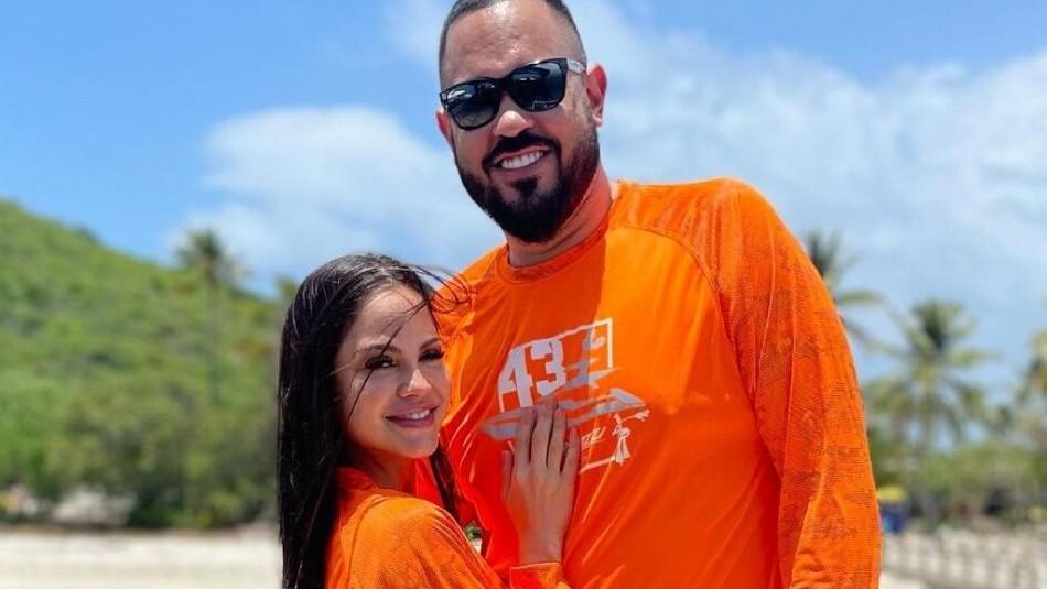 Así sorprenden Natti Natasha y su novio a una niña que venció el cáncer: El emotivo gesto que enterneció las redes
