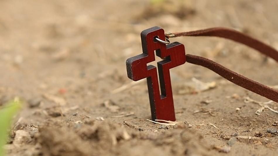 Joven que creía que podía resucitar al tercer día como Jesucristo muere tras ser enterrado vivo