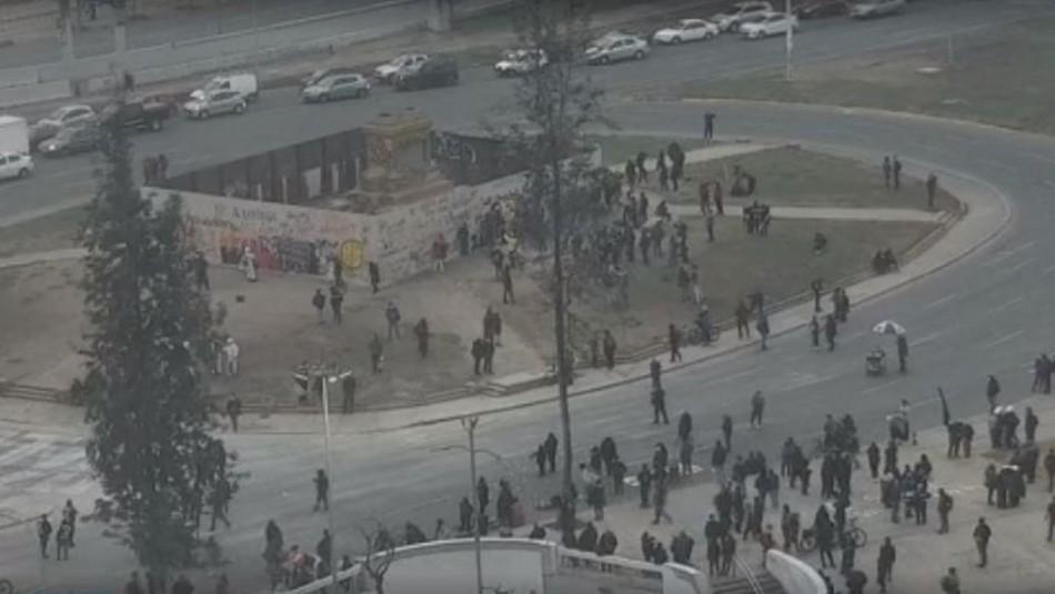 Incidentes en Plaza Italia generan cortes de tránsito y cierre de acceso a Metro