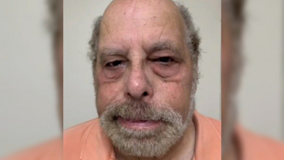 Detienen a dentista de 70 años acusado de emitir recetas a mujeres